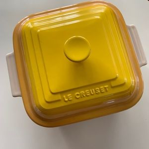 Le Creuset Covered Baking Dish